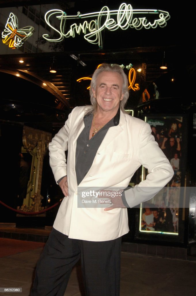 Peter Stringfellow attends his 65th birthday with a party at his club, Stringfellows on November 21, 2005 in London, England.