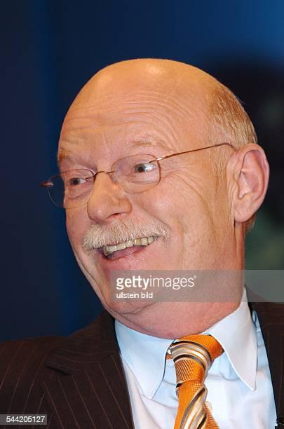 Peter Struck Bundesminister der Verteidigung SPD