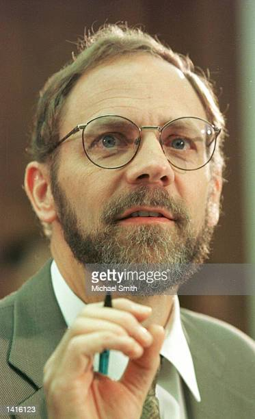 Peter Tippett Chief Technology Officer for ICSAnet discusses the 'Love Bug' virus May 10 2000 before the House Science and Technology Subcommittee...