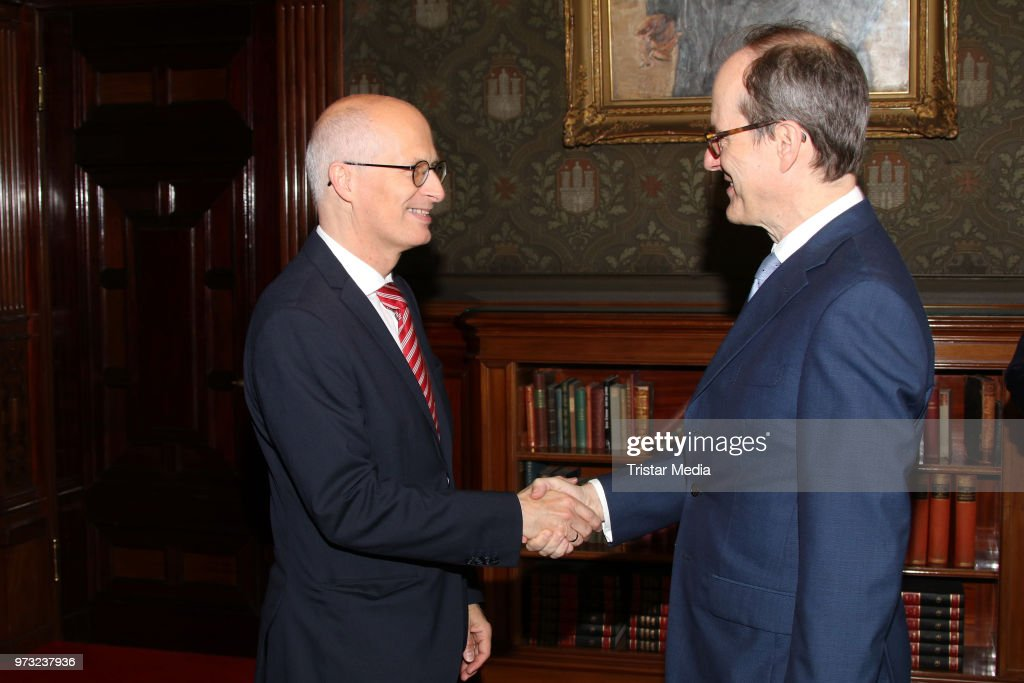 Peter Tschentscher welcomes S..E. Sir Sebastian Wood, ambassador of Great Britan and North Irland during he visits in the town hall on June 13, 2018 in Hamburg, Germany.