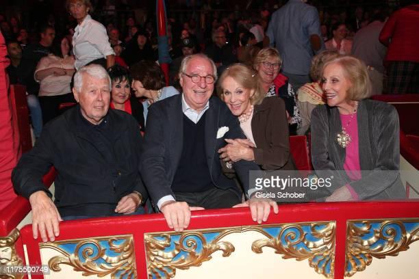Peter Weck Friedrich von Thun Alice Kessler Ellen Kessler during the premiere of Circus Roncalli's Storyteller Gestern Heute Morgen on October 12...
