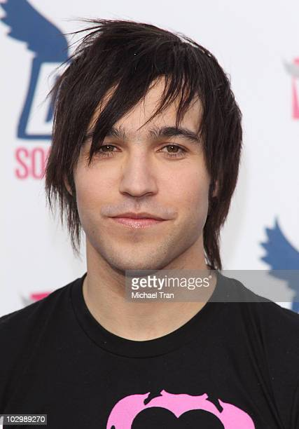 Peter Wentz arrives to the 2010 VH1 Do Something Awards held at the Hollywood Palladium on July 19 2010 in Hollywood California