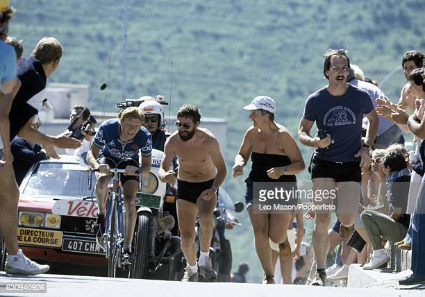 Peter Winnen of the Netherlands in cycling action during the Tour de France, circa 1981.
