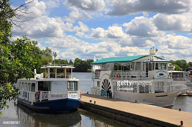 peterborough liftlock cruise - peterborough ontario stock photos and pictures