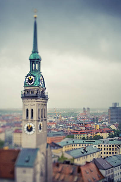 Peterskirche / St. Peter's Church and Munich