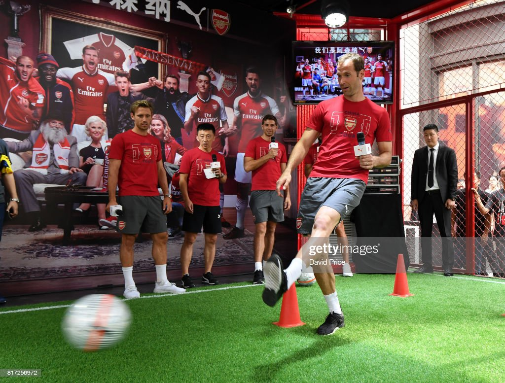 huge discount 600c4 25f55 Petr Cech of Arsenal at the flagship Puma store on July 18 ...
