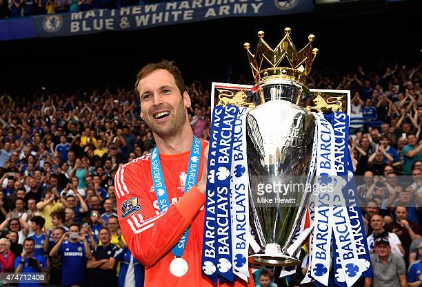 Petr Cech of Chelsea celebrates with the trophy after the Barclays Premier League match between Chelsea and Sunderland at Stamford Bridge on May 24...