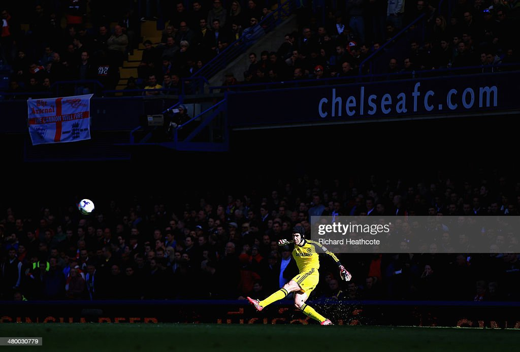 Petr Cech of Chelsea takes a goal kick during the Barclays Premier League match between Chelsea and Arsenal at Stamford Bridge on March 22, 2014 in London, England.