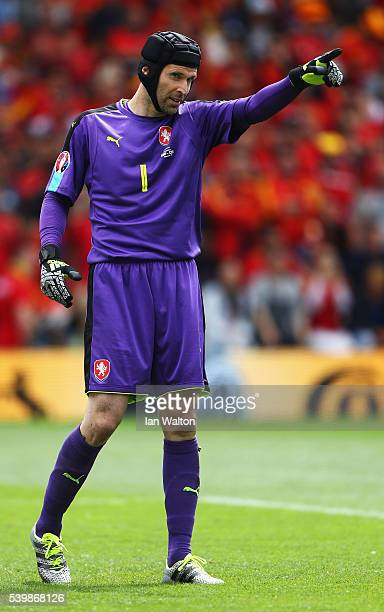 Petr Cech of Czech Republic gestures during the UEFA EURO 2016 Group D match between Spain and Czech Republic at Stadium Municipal on June 13 2016 in...