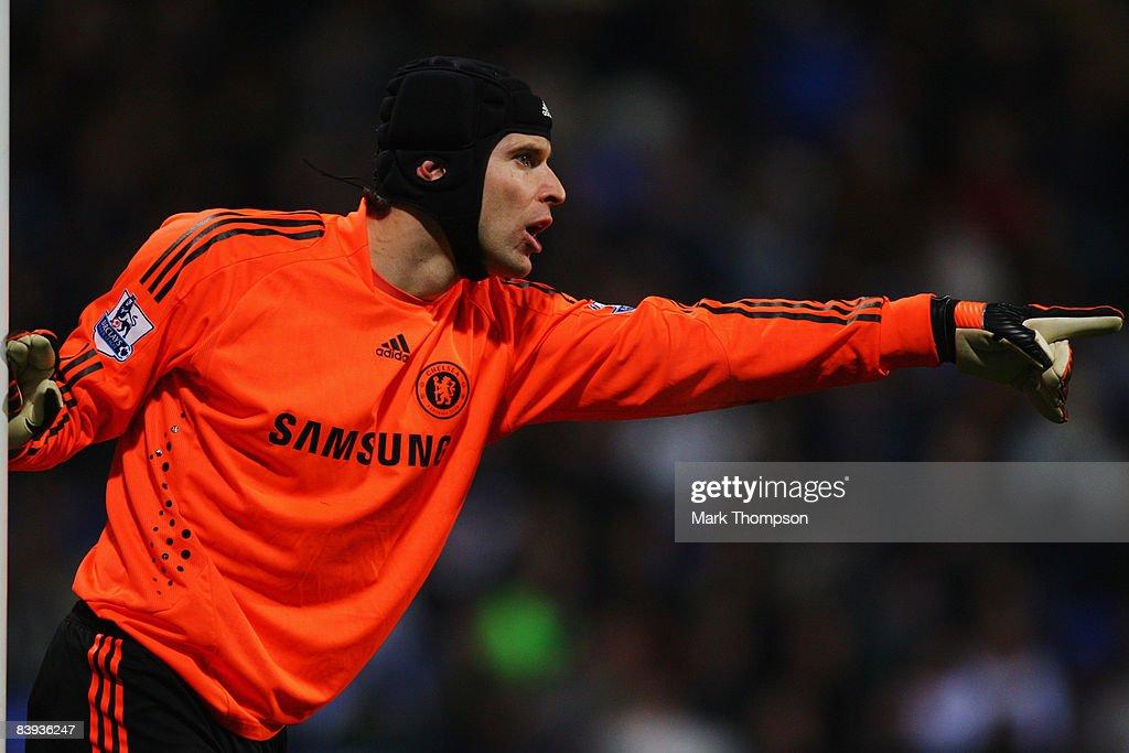 Bolton Wanderers v Chelsea - Premier League : ニュース写真