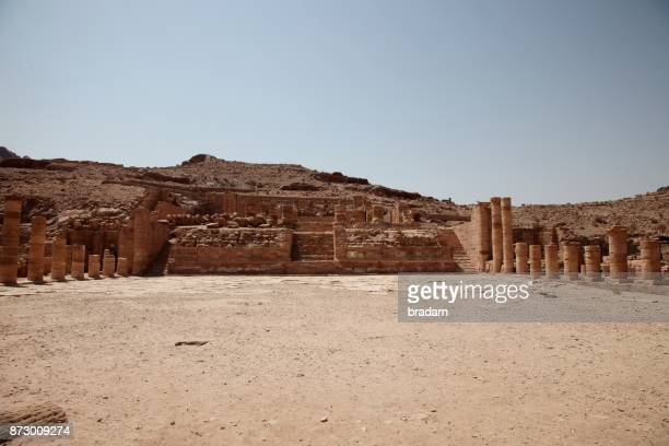 petra, jordan: the great temple - jordan middle east stock pictures, royalty-free photos & images