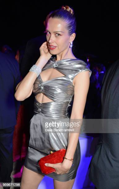Petra Nemcova attends the amfAR Gala Cannes 2018 after party at Hotel du CapEdenRoc on May 17 2018 in Cap d'Antibes France