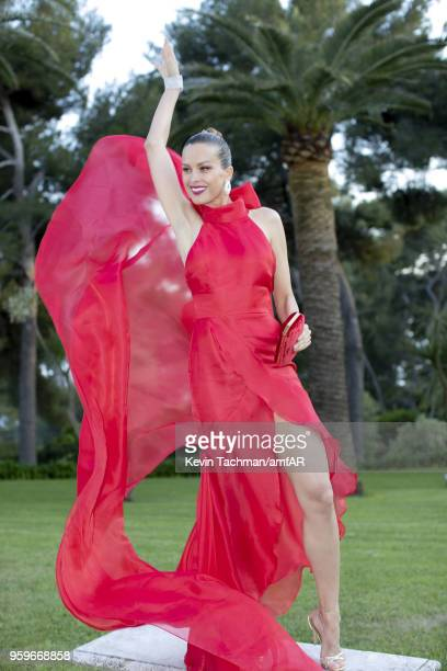Petra Nemcova attends the cocktail at the amfAR Gala Cannes 2018 at Hotel du CapEdenRoc on May 17 2018 in Cap d'Antibes France