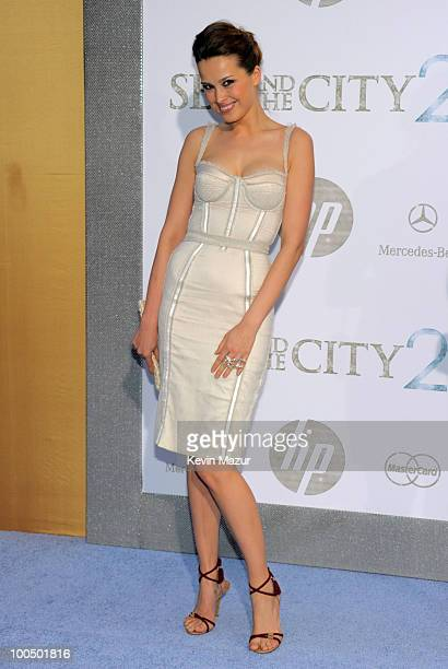 "Petra Nemcova attends the premiere of ""Sex and the City 2"" at Radio City Music Hall on May 24, 2010 in New York City."