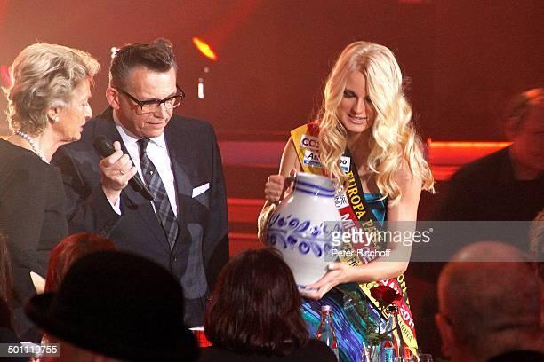 Petra Roth Dr Gtz Alsmann AnneKathrin Kosch 6 GalaVerleihung 'Lea Award' 2011 als Auftakt zur 'Musikmesse' Festhalle Frankfurt Hessen Deutschland...