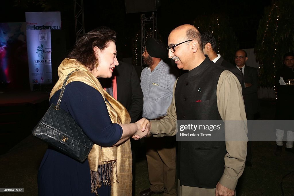 Petra Smulders and Abdul Basit, Pakistan High Commissioner to India