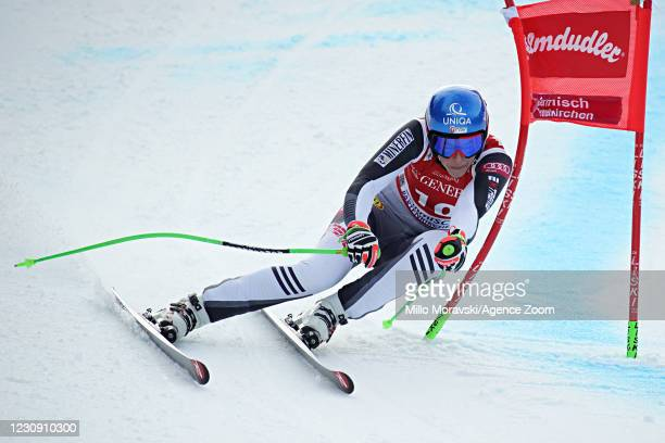 Petra Vlhova of Slovakia in action during the Audi FIS Alpine Ski World Cup Women's Super Giant Slalom on February 01, 2021 in Garmisch...
