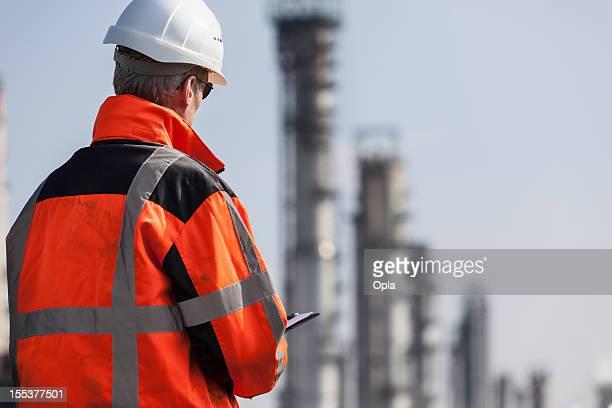 石油化学産業検査担当者