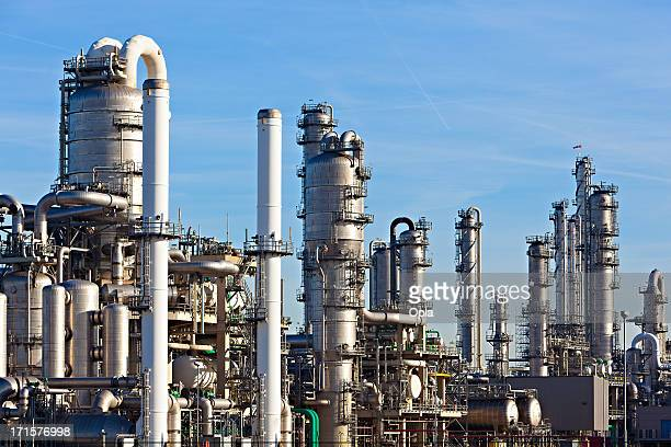 sector petroquímico - planta petroquímica fotografías e imágenes de stock