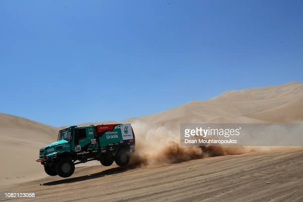 Petronas Team De Rooy Iveco no 505 IVECO POWESTAR T4 2 truck driven by Federico Villagra of Argentina and Adrian Arturo Yacopini of Argentina and...