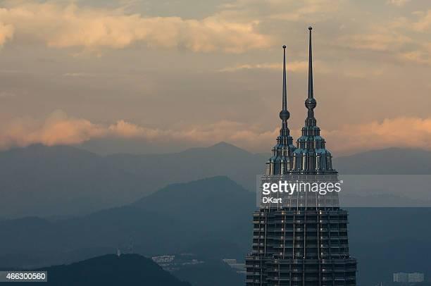 torres petronas - torres petronas - fotografias e filmes do acervo