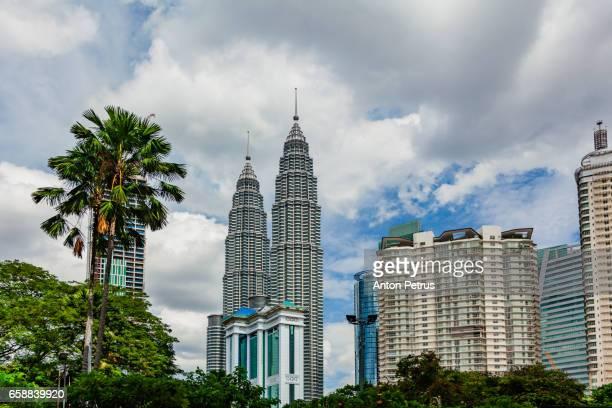 petronas twin towers, kuala lumpur, malaysia - anton petrus stock pictures, royalty-free photos & images