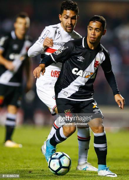 Petros of Sao Paulo and Yago Pikachu of Vasco in action during the match between Sao Paulo and Vasco for the Brasileirao Series A 2017 at Morumbi...