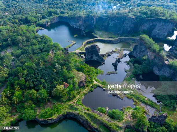 pettamala top station an abandoned quarry - kochi india stock pictures, royalty-free photos & images