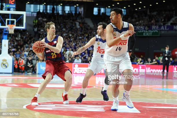 Petteri Koponen #25 guard of FC Barcelona and Rudy Fernandez #5 guard of Real Madrid during the Liga Endesa game between Real Madrid v FC Barcelona...