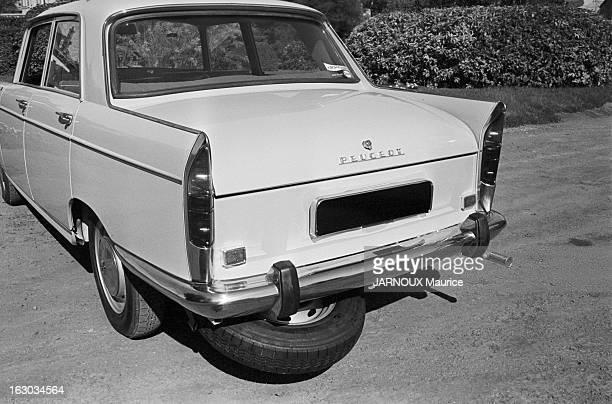 Peugeot 404 Septembre 1966 la Peugeot 404avec roue de secours