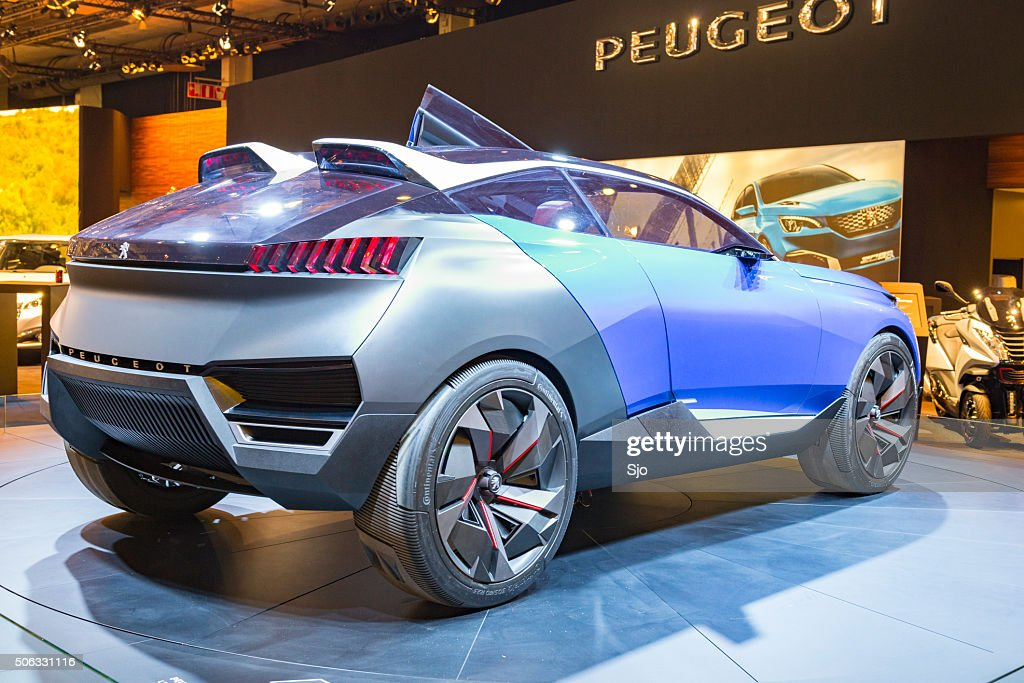 peugeot quartz concept suv hybride plugin de voiture photo getty images. Black Bedroom Furniture Sets. Home Design Ideas