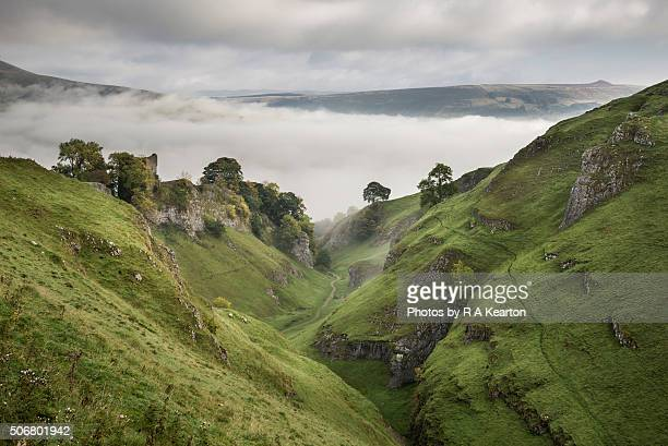 peveril castle and cave dale, derbyshire - peveril castle stock pictures, royalty-free photos & images