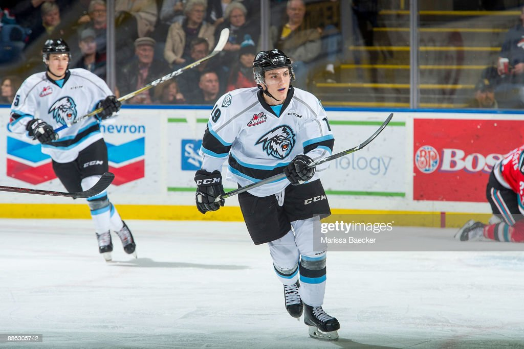 Kootenay Ice v Kelowna Rockets : News Photo
