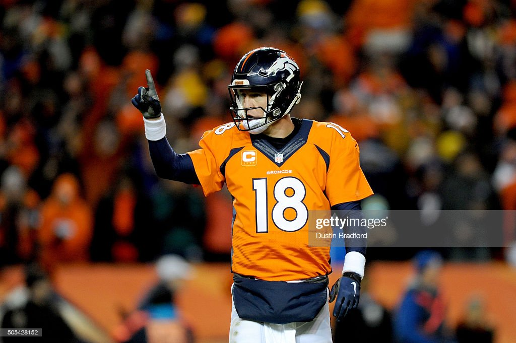 Divisional Round - Pittsburgh Steelers v Denver Broncos : News Photo