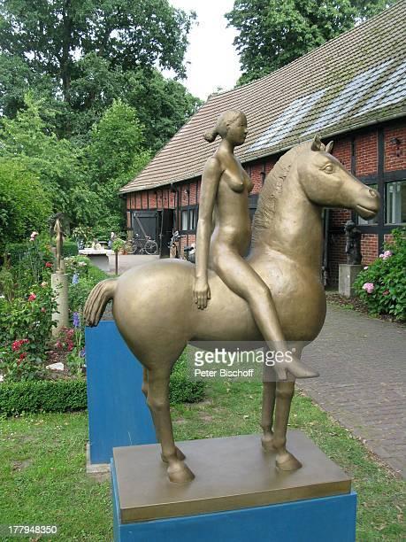 PferdeSkulptur Garten vom Atelier von P r o f B e r n d A l t e n s t e i n und G i s e l a E u f e sowie C h r i s t o p h F i s c h e r Offene...