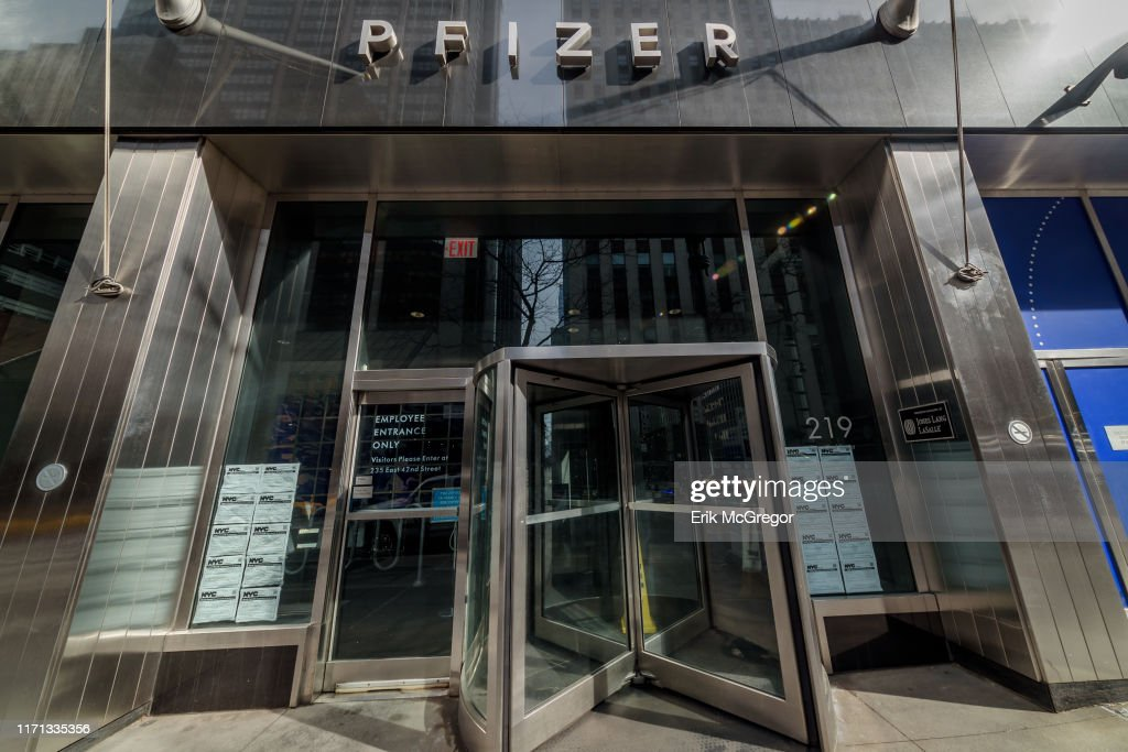 Pfizer Pharmaceuticals World Headquarters Building In New York City News Photo Getty Images