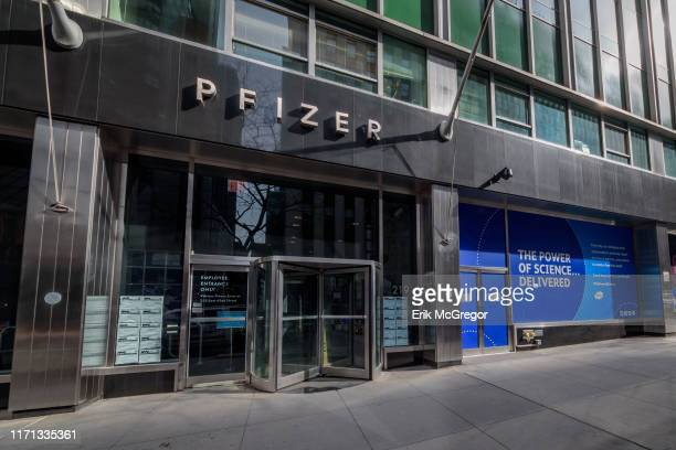 157 Pfizer World Headquarters Photos And Premium High Res Pictures Getty Images