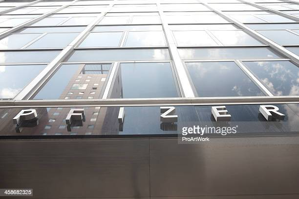 pfizer - pfizer stock pictures, royalty-free photos & images