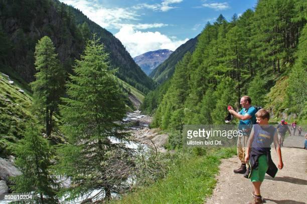 Pfossental Herzen des Naturpark Texel Schnals im Schnalstal Urlaub Sommer Italien Italienische Republik italienisch Repubblica Italiana Italia /...