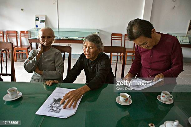 Pham Thi Thuan Ha Thi Quy Truong Thi Le survivors of the My Lai massacre talk about the victims who were killed is a survivor of the My Lai massacre...