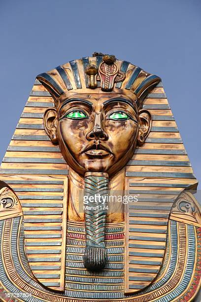 pharaoh statue - pharaoh stock pictures, royalty-free photos & images