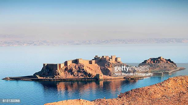 pharaoh's island, taba, egypt - eilat stock pictures, royalty-free photos & images