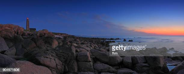 phare du cap lévi (lighthouse cap levi) at sunset - normandy, france - rocky coastline stock pictures, royalty-free photos & images