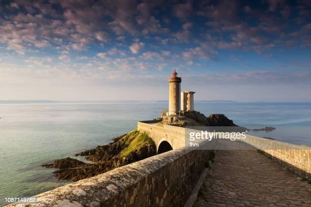phare du petit minou (minou lighthouse), france/ brittany/ finistere - bretagne photos et images de collection