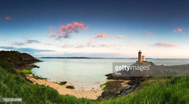 phare du petit minou panorama (minou lighthouse), france/ brittany/ finistere - finistere stock photos and pictures