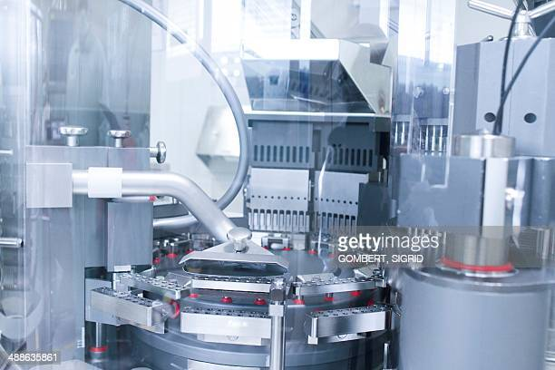 pharmaceutical machinery - sigrid gombert stock pictures, royalty-free photos & images