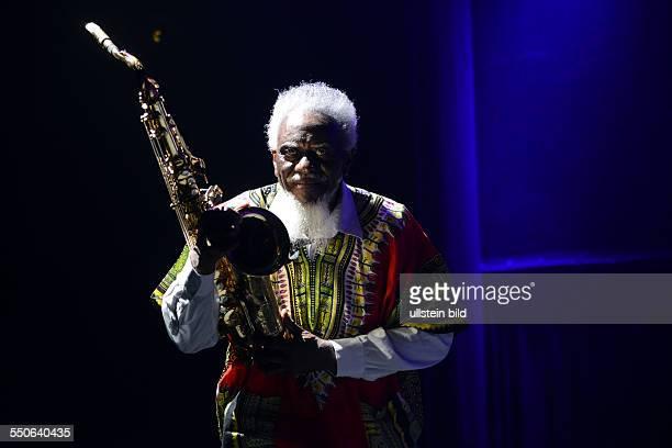 Pharoah Sanders Jazzmusiker Tenorsax USA beim 44 Deutschen Jazzfestival im Sendesaal des Hessischen Rundfunks in Frankfurt am Main