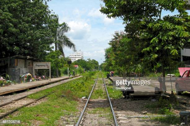phaya thai railway station - gwengoat stock pictures, royalty-free photos & images