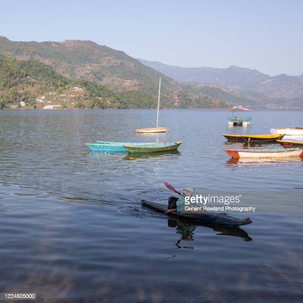 phewa lake in pokhara, nepal - pokhara stock pictures, royalty-free photos & images