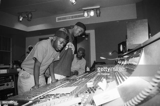 Phife Dawg QTip and Ali Shaheed Muhammad of the hip hop group 'A Tribe Called Quest' pose for a portrait in the studio on September 10 1991 in New...